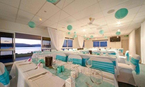 Marine-Club-inside,-with-aqua-decor-v2