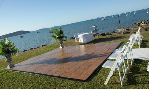 outdoor-ceremony-whitsunday-wedding2