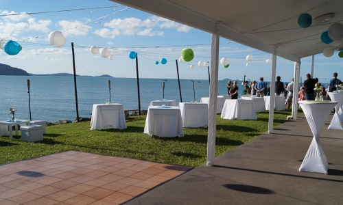 outdoor-cocktail-wedding-setup2