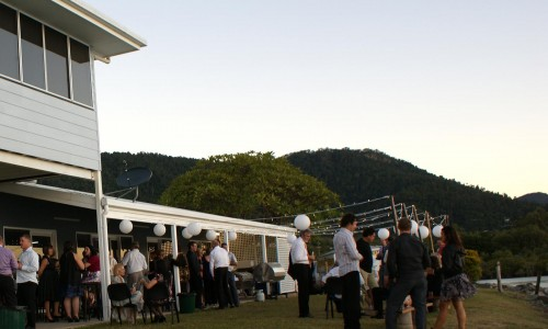 whitsunday-outdoor-wedding-reception3